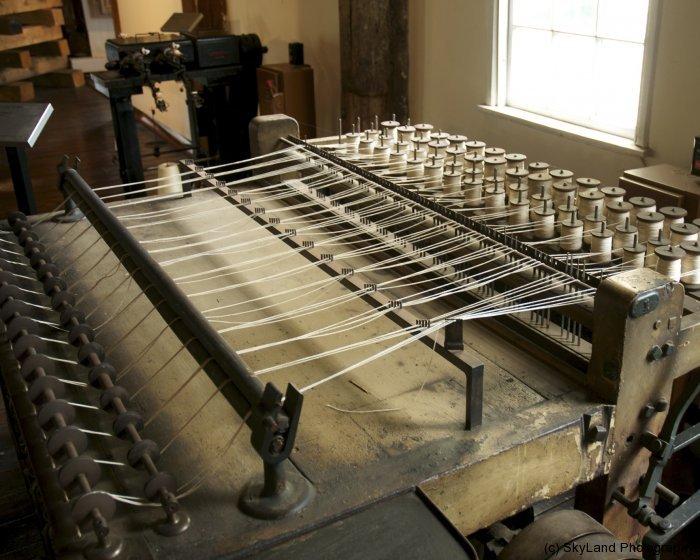 Thread maker