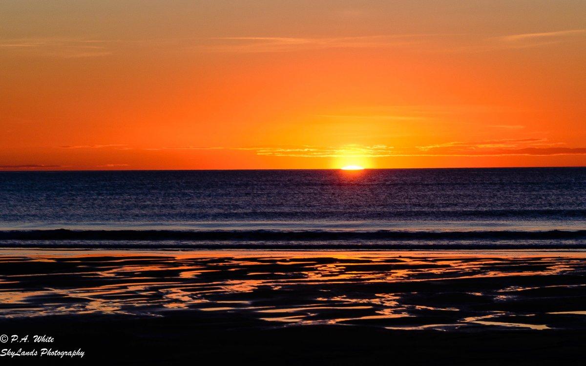 SALISBURY BEACH SUNRISE-2116-2